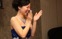 サプライズの余興では、『恋ダンス』。新郎新婦も一緒におどりました。