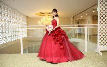 真紅のドレス。とってもお似合い♪